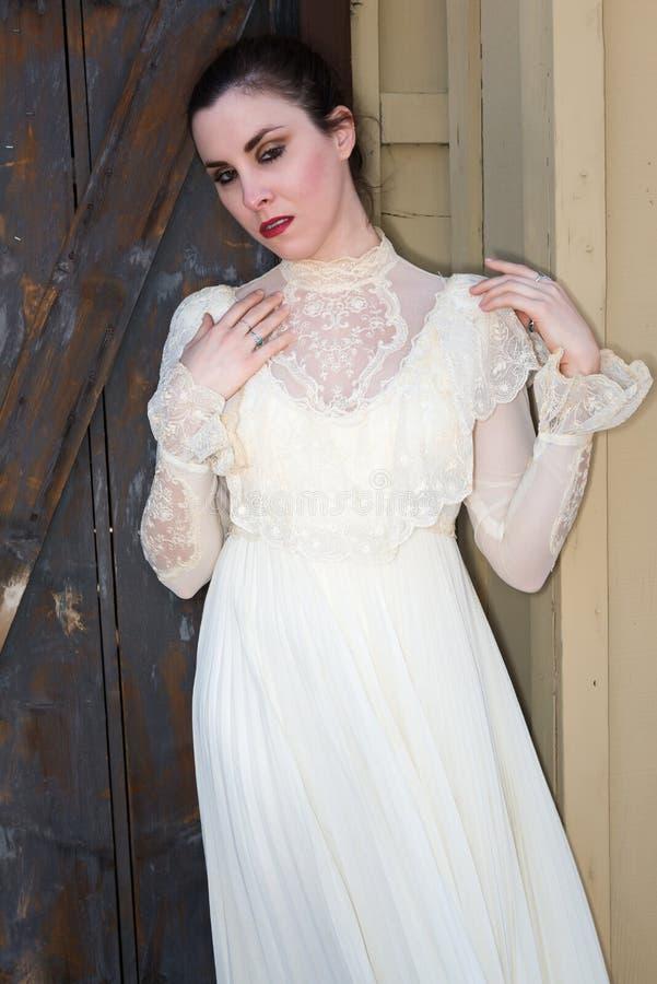Викторианское платье стоковая фотография