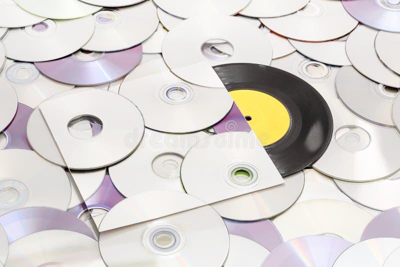 Винил и компактные диски стоковое фото