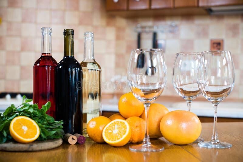 вино бутылок 3 стоковые изображения rf