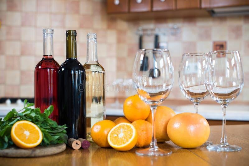 вино бутылок 3 стоковое фото rf