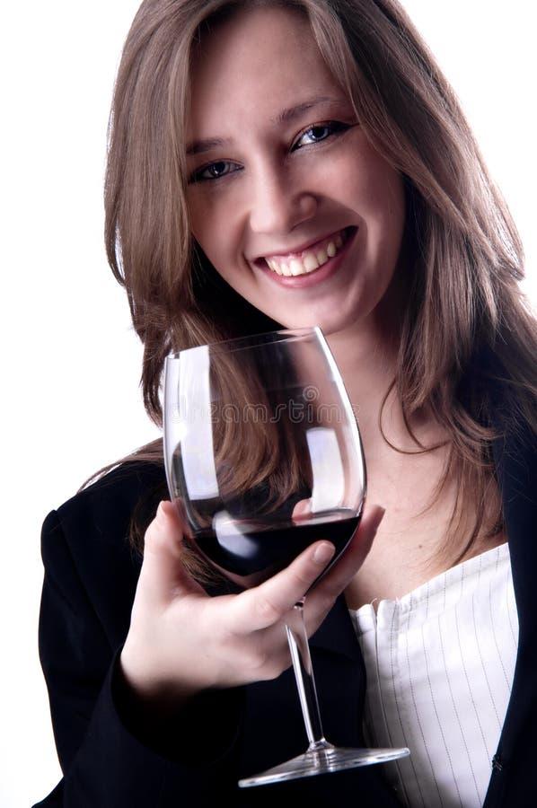 вино девушки питья красотки стоковая фотография