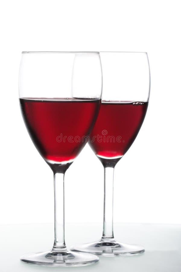 вино красного цвета 2 стекел стоковые изображения