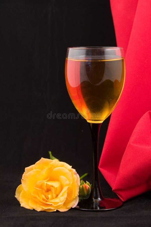 вино розы стекла белое стоковое изображение rf
