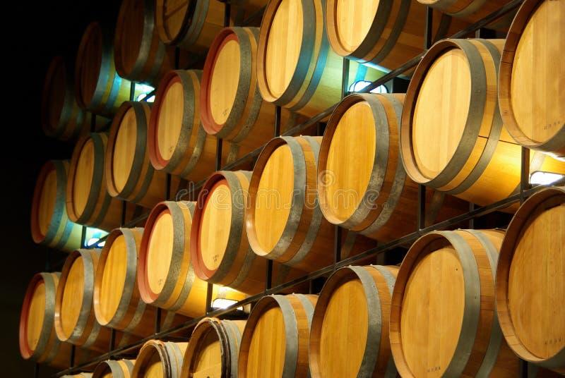вино стены бочонков стоковые изображения