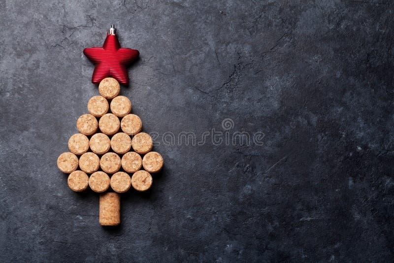 Вино corks форменная рождественская елка стоковые изображения rf