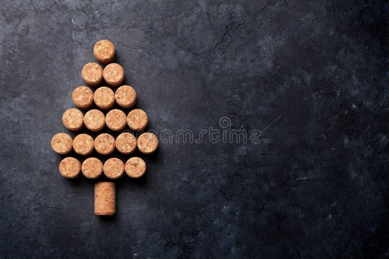 Вино corks форменная рождественская елка стоковое фото rf