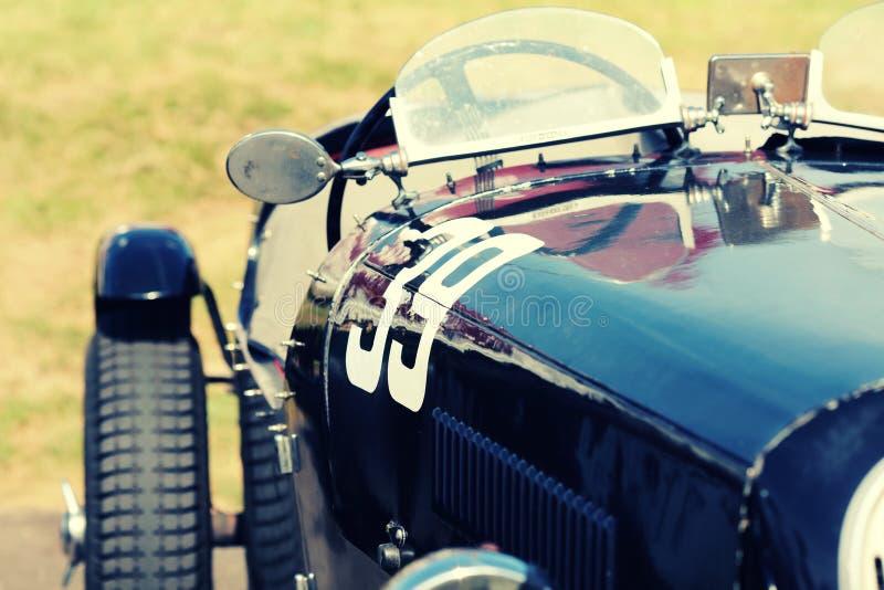 Винтажная гоночная машина стоковая фотография