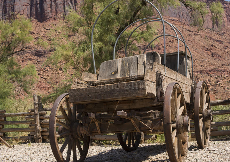 Винтажная деревянная фура дилижанса от американских пионерских дней стоковая фотография rf