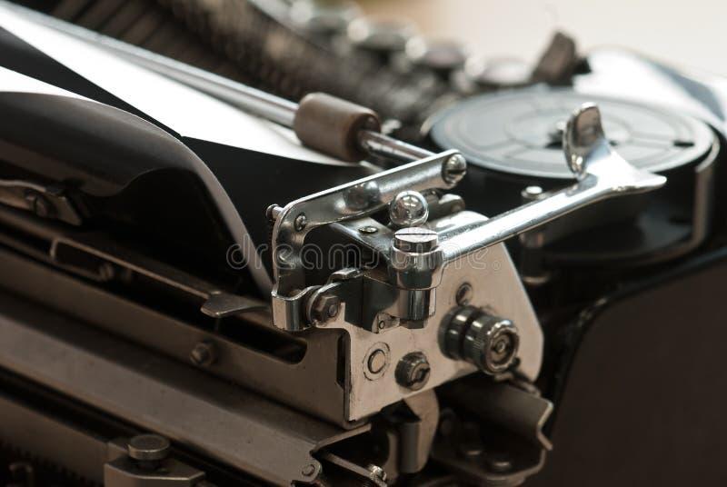 Download Винтажная машинка стоковое фото. изображение насчитывающей dept - 41652324