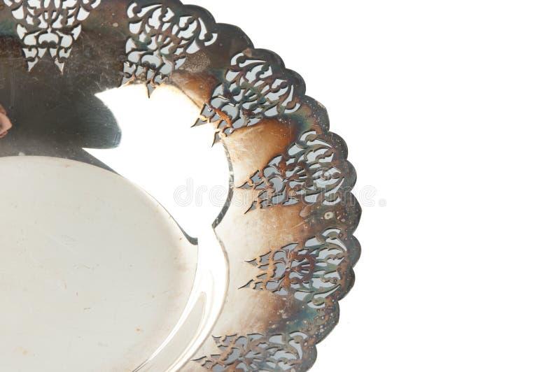 Винтажная металлическая пластина изолированная на белой предпосылке стоковые изображения