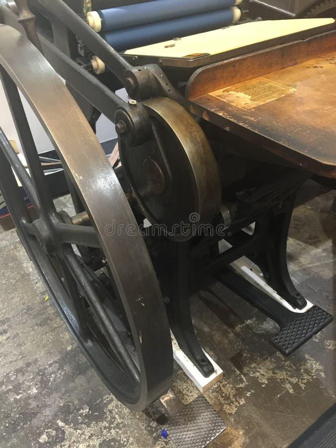 Винтажная пресса Platen столешницы стоковое изображение