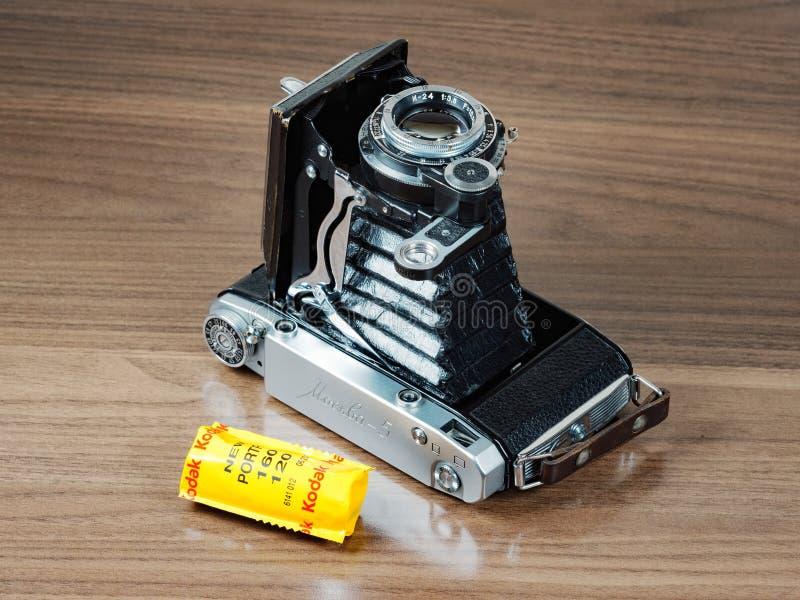 Винтажная средств камера складчатости дальномера формата Moskva-5 стоковое фото rf