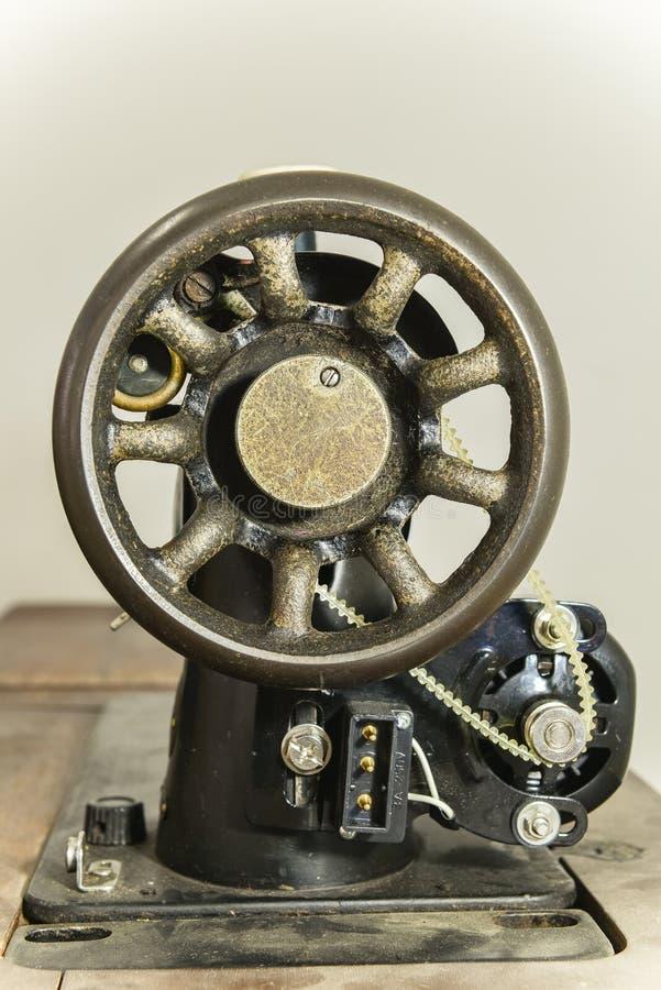 Винтажная швейная машина стоковое фото