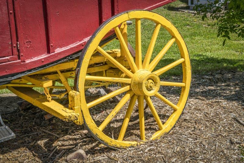 Винтажное колесо дилижанса стоковая фотография