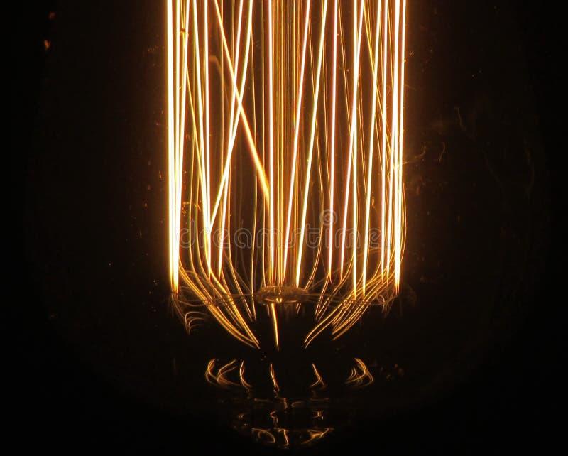 Винтажное светлое bulp в темноте стоковые изображения