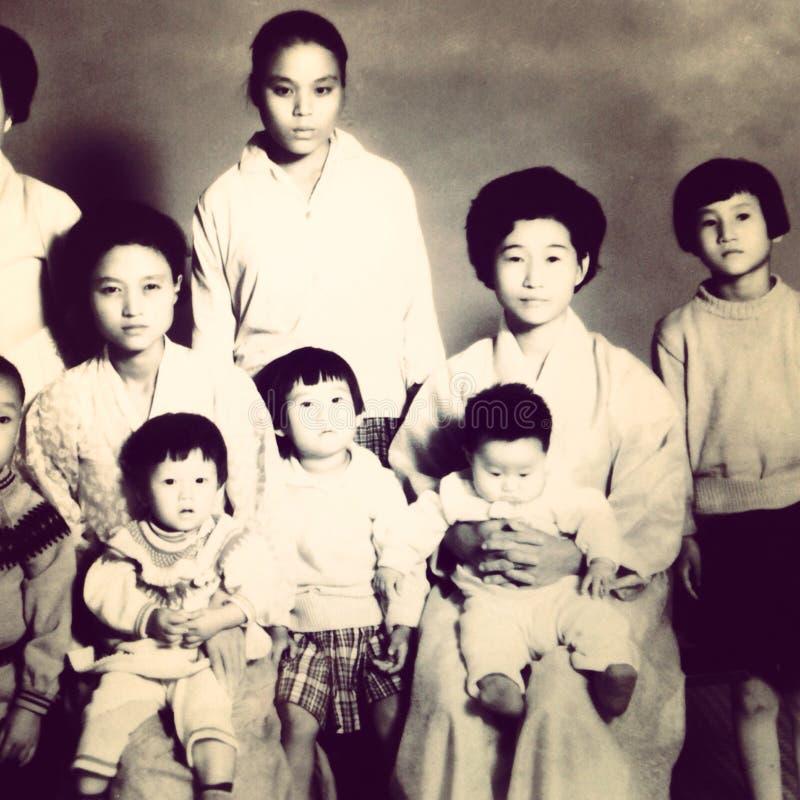 Винтажное семейное фото стоковое изображение rf