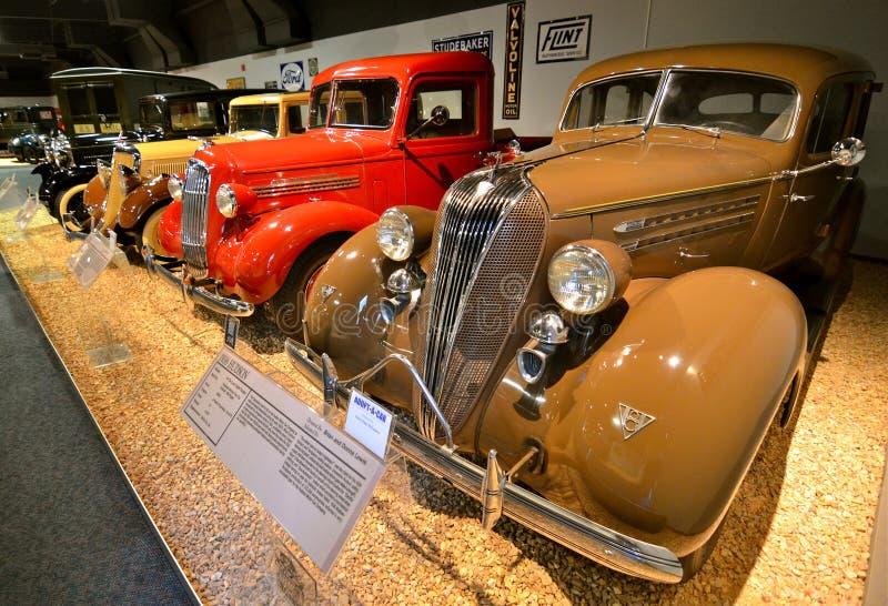 Винтажные автомобили в национальном музее автомобиля, Reno, Неваде стоковое фото