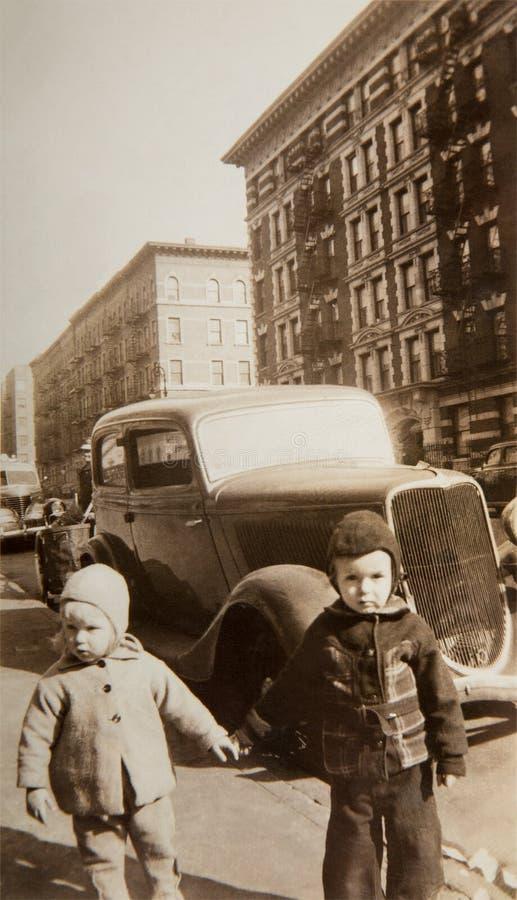 Винтажные дети Нью-Йорк стоковые изображения rf