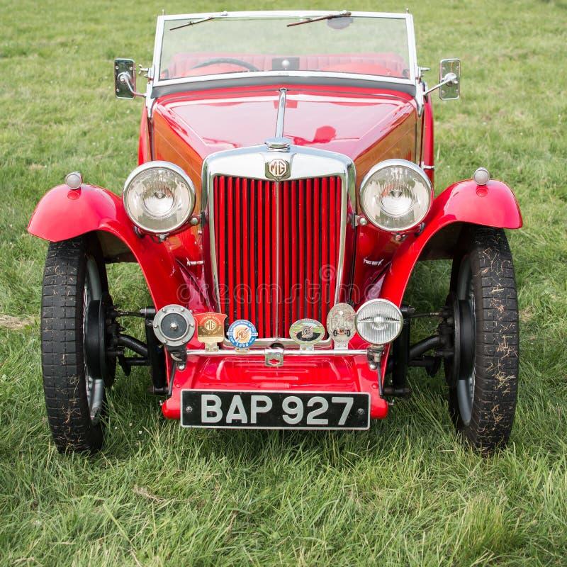 Download Винтажные ЖИВОТИКИ MG Sportscar Редакционное Стоковое Изображение - изображение насчитывающей collectible, автомобиль: 40576629