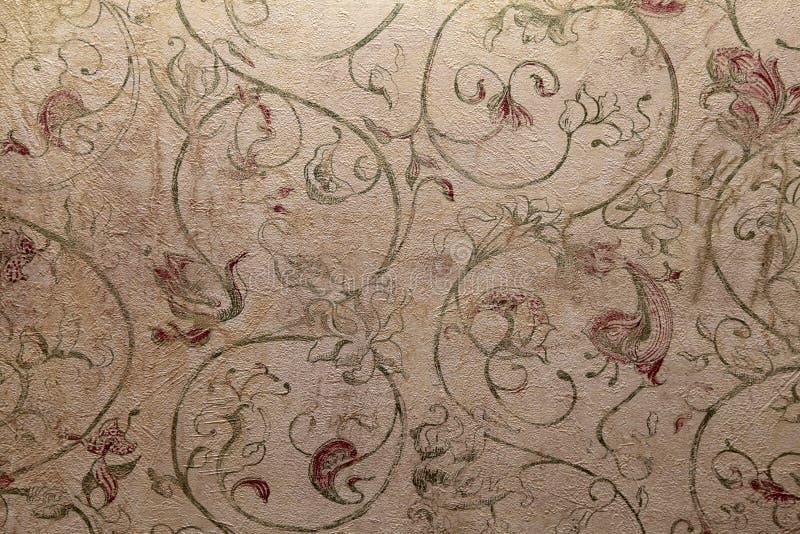 Винтажные затрапезные шикарные обои с флористической викторианской картиной стоковое фото rf