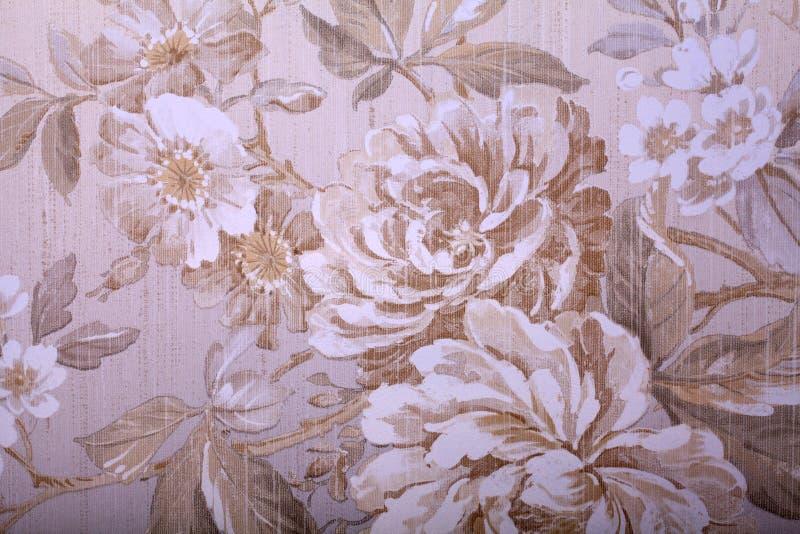 Винтажные затрапезные шикарные обои с флористической викторианской картиной стоковая фотография rf