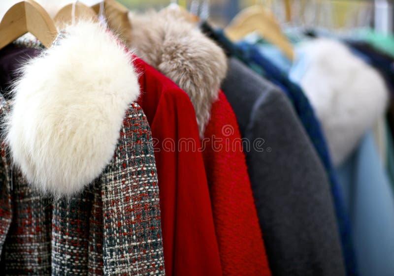 Download Винтажные одежды стоковое изображение. изображение насчитывающей baggies - 37927727