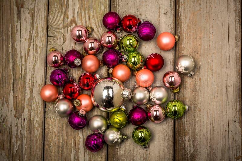 Винтажные шарики рождества дизайна стоковые фото