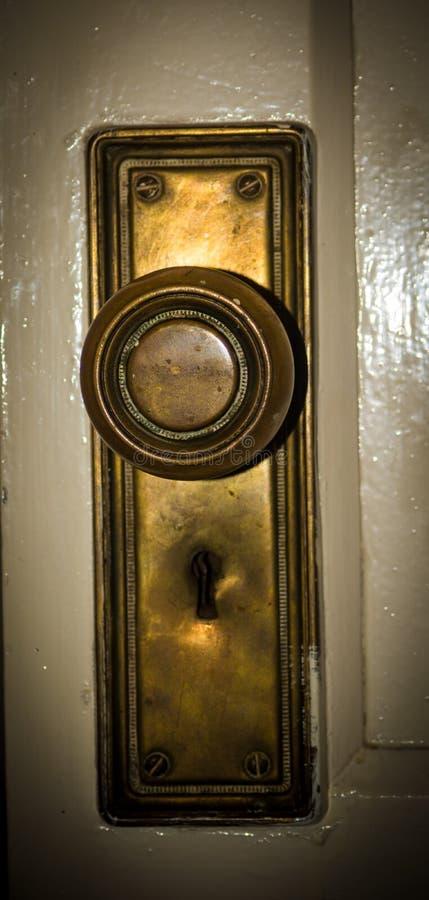Винтажный латунный ключ замка стоковые фотографии rf