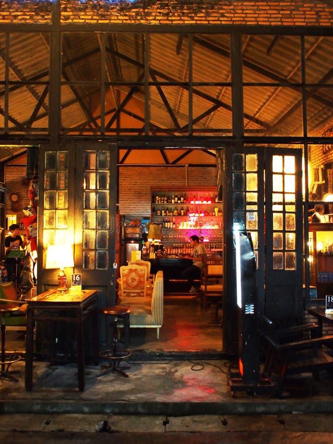 Винтажный бар, Таиланд стоковые изображения rf
