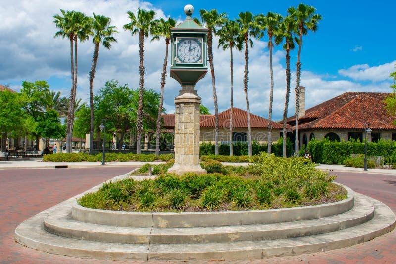 Винтажный дозор близко к информационному центру в старом городке на побережье Флориды историческом стоковое изображение rf