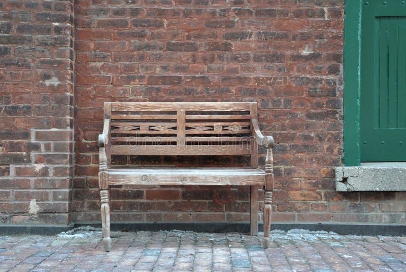 Винтажный деревянный стул стоковое фото rf