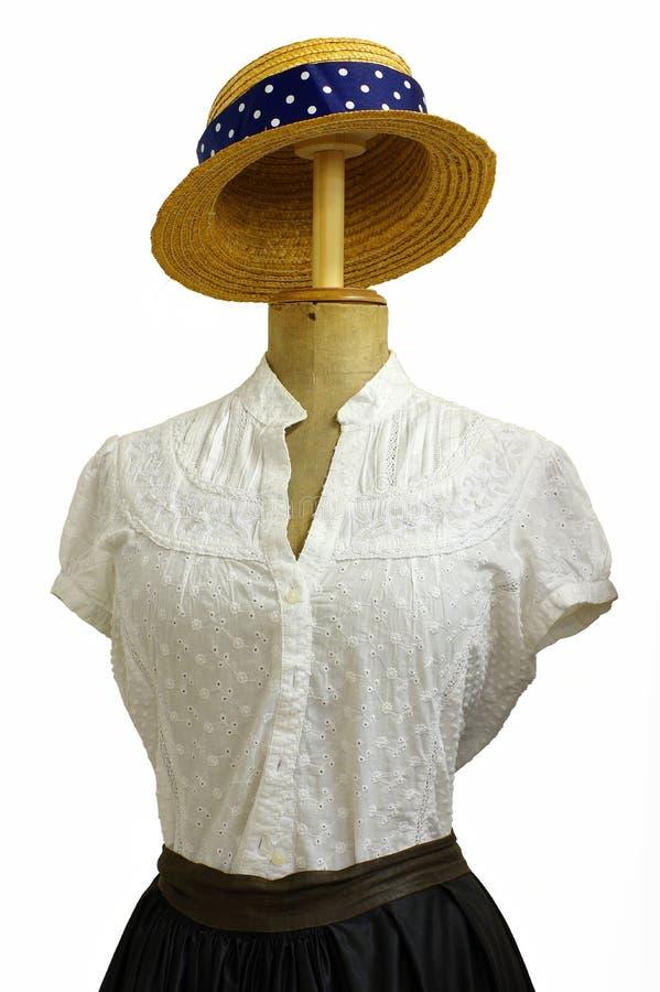 Винтажный манекен портноя с аксессуарами моды стоковое фото