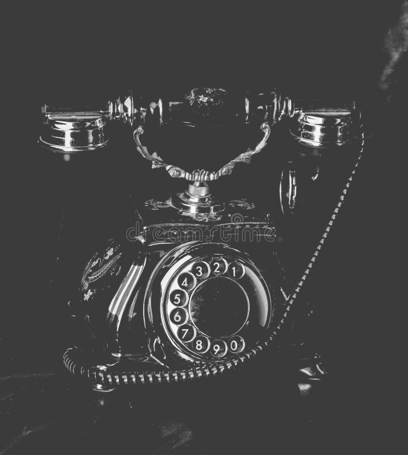 Винтажный роторный телефон стоковая фотография
