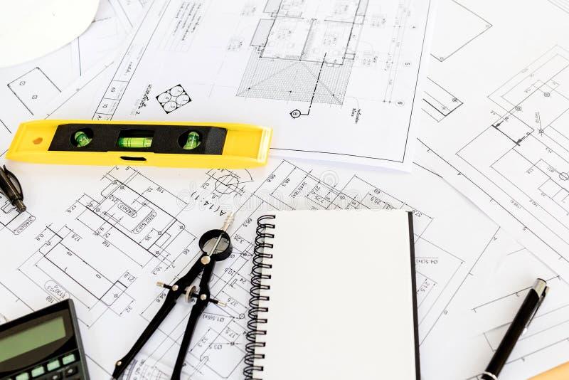 Винтажный стол дела подрядчика инженера стоковое изображение