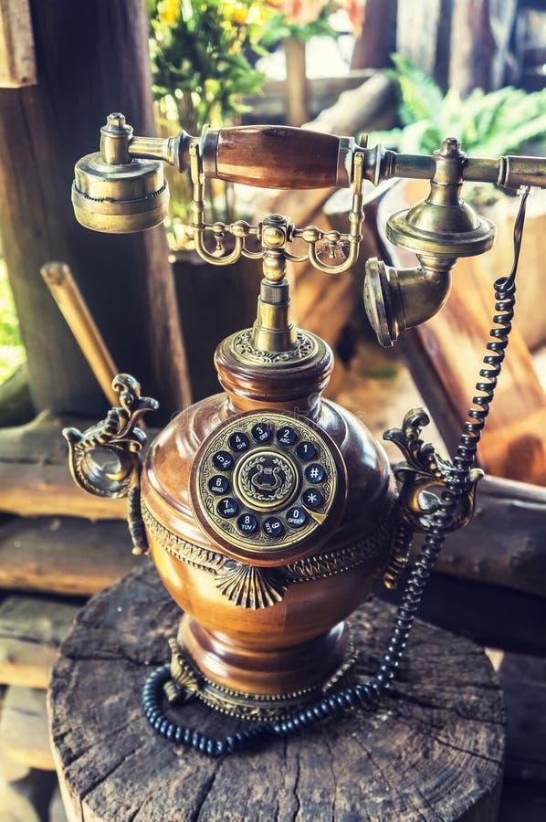 Винтажный телефон стоковые изображения rf