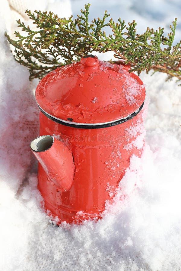 Винтажный чайник стоковые изображения rf