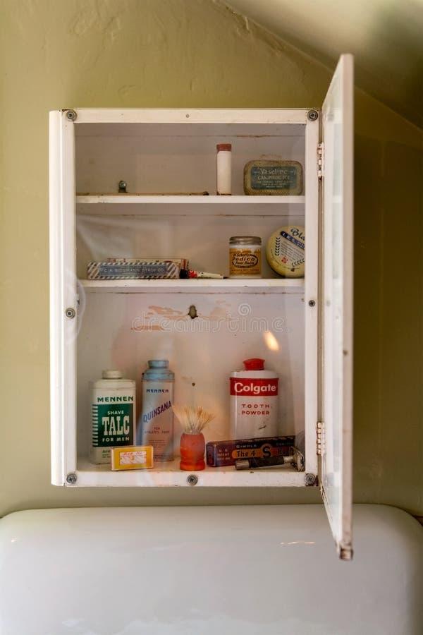 Винтажный шкаф Medine стоковые фотографии rf