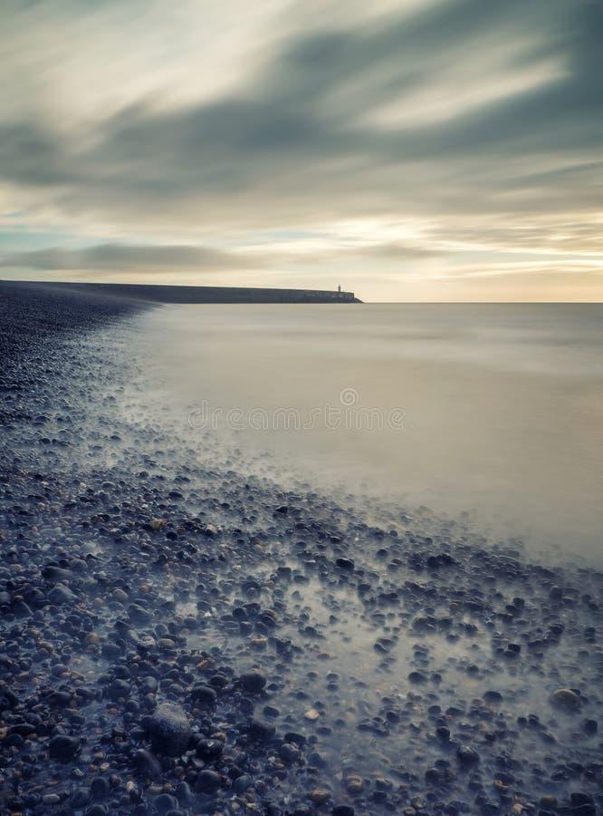 Винтажным долгая выдержка seascape стиля обрабатываемая крестом стоковые фото