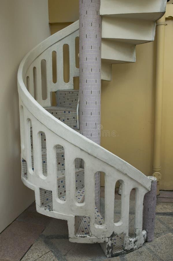 Download Винтовая лестница стоковое фото. изображение насчитывающей камень - 481058