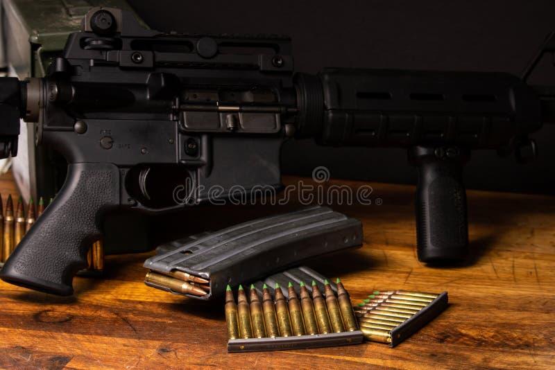 Винтовка 5 AR боеприпасы 56 стоковое фото rf