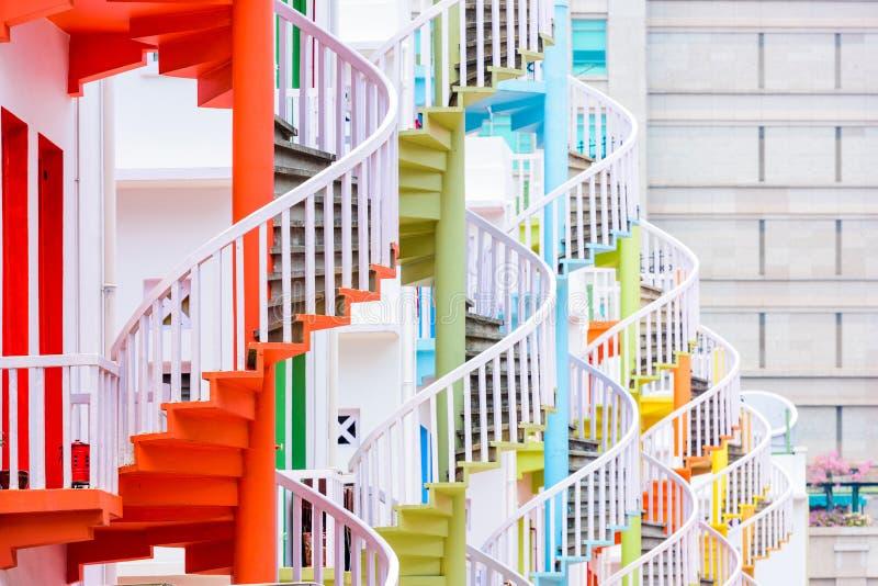 Винтовые лестницы Сингапура стоковое изображение
