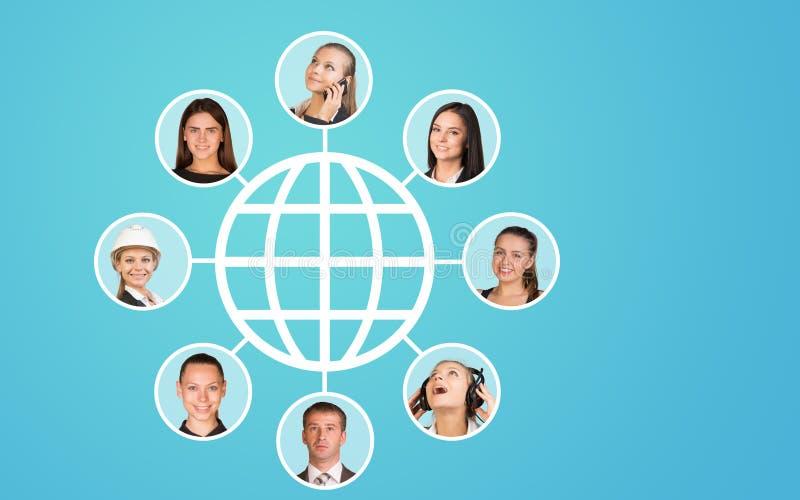 Виртуальная модель с портретами людей стоковая фотография rf