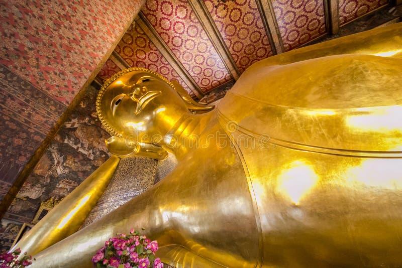 Висок возлежа Будды стоковая фотография