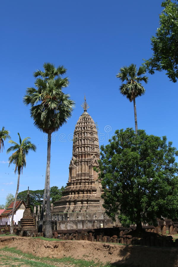 Висок в провинции Sukothai, Таиланде стоковое изображение rf