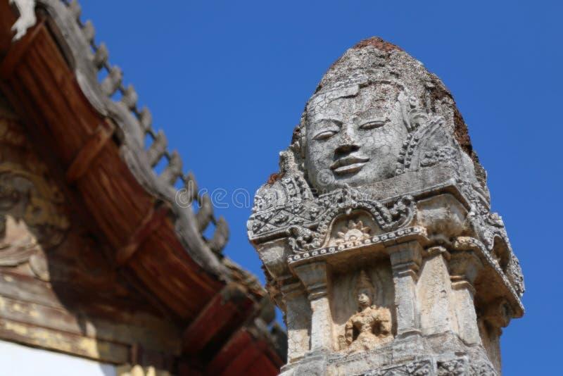 Висок в провинции Sukothai, Таиланде стоковые изображения