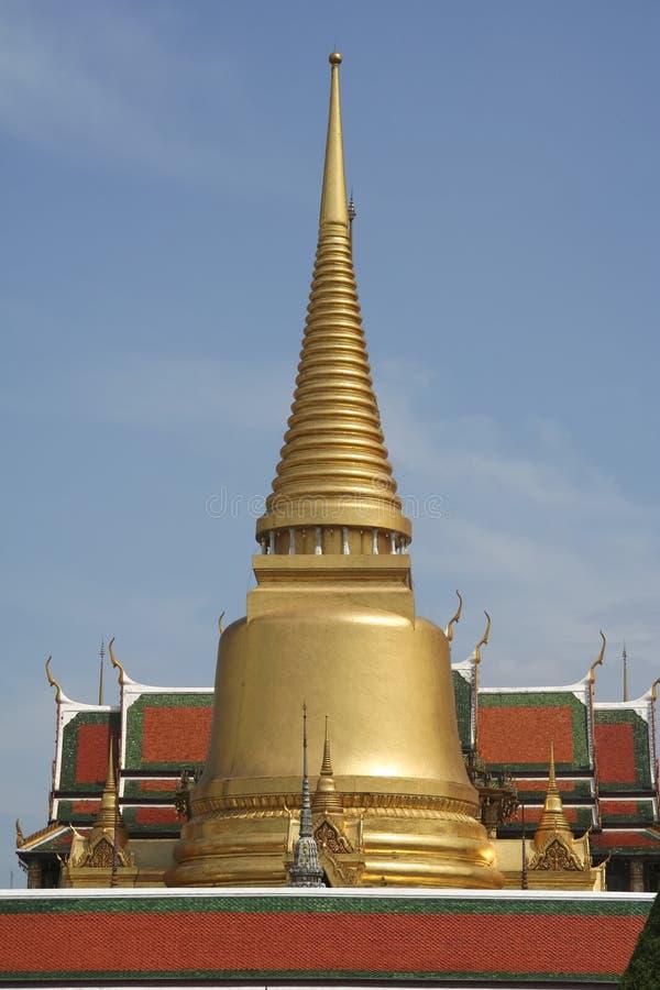 висок дворца зодчества золотистый грандиозный стоковые изображения rf