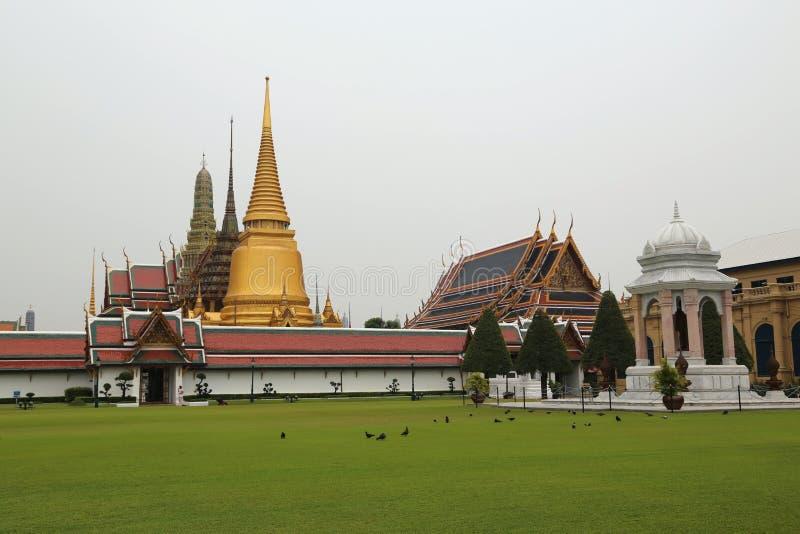 Висок изумрудного Будды в Бангкоке, Таиланде стоковое изображение
