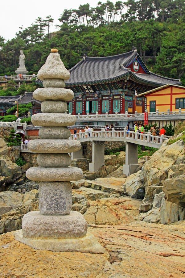 Висок Кореи Пусана Haedong Yonggungsa стоковые изображения