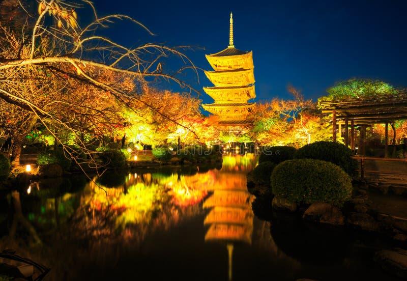 Висок к ноча, Киото Япония Toji стоковые изображения