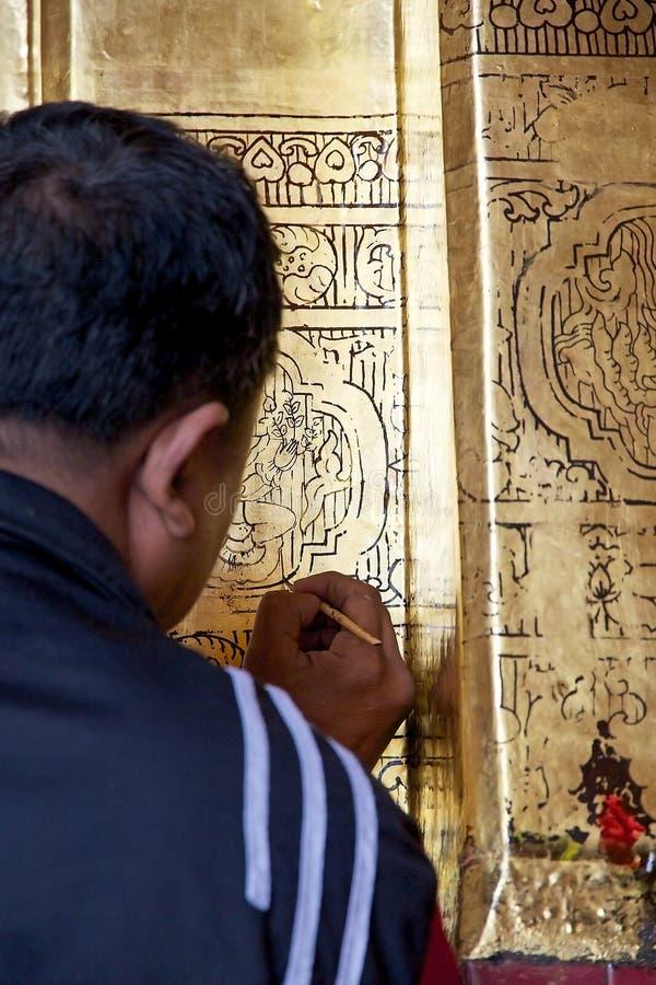 Висок Мандалай Mahamuni Будды, Мьянма стоковая фотография